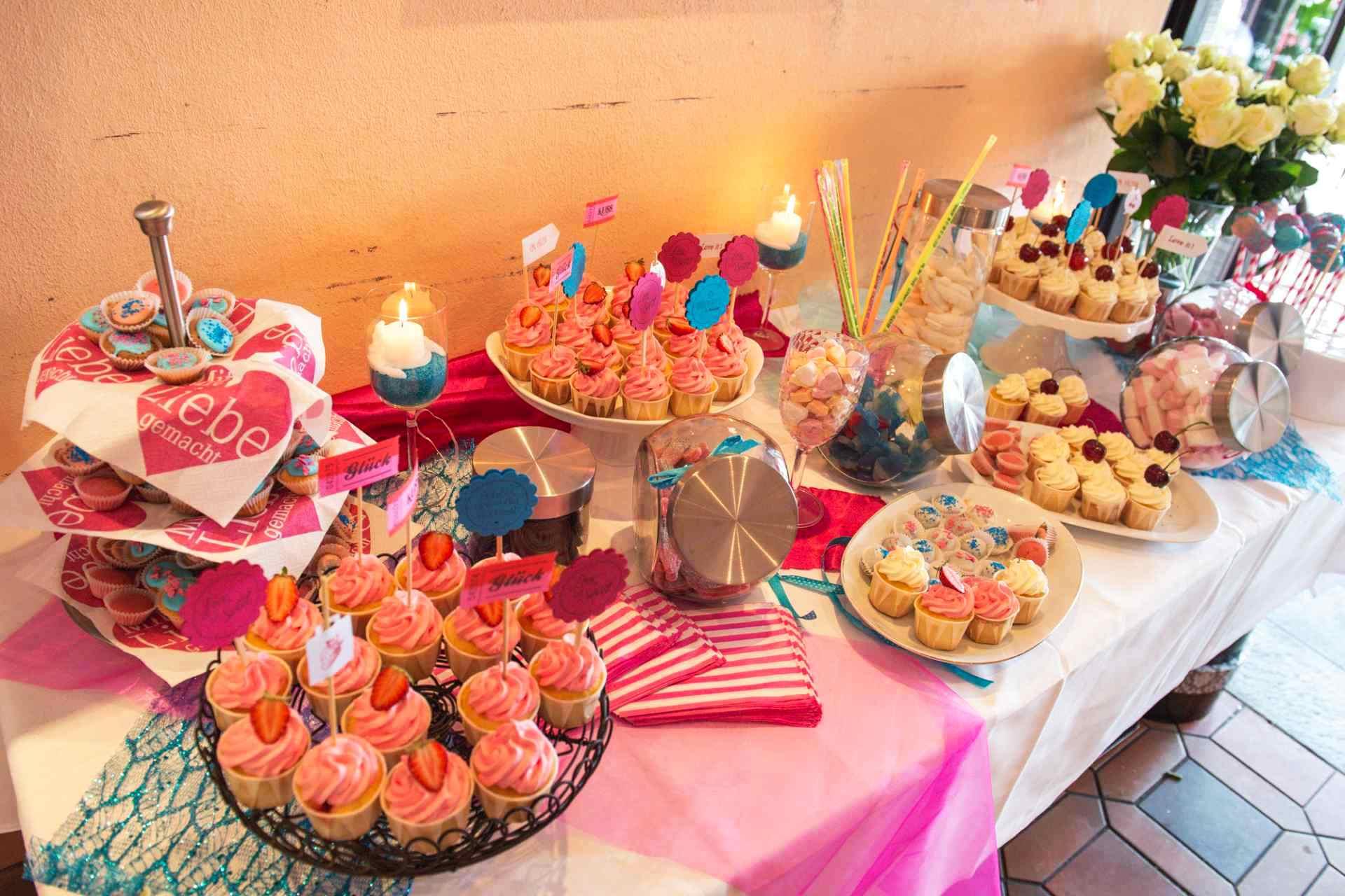Candy Buffet Hochzeit PolliundBen